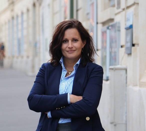 Aurelie Gros Présidente LFV